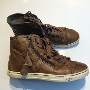 UGG Sneakers sz 6.5  chestnut leather  sneakers